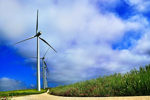 El sector eólico pide que se eliminen en toda Europa los vertederos para palas de aerogeneradores